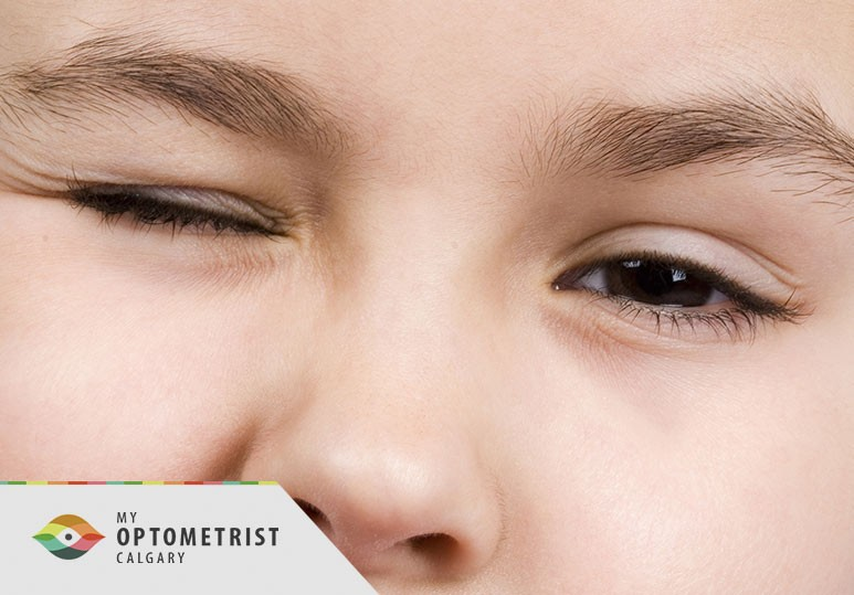 Eye Floaters & Flashes: When Are They Serious?